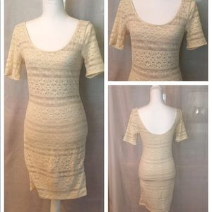 Abercrombie & Fitch cream lace bodycon dress